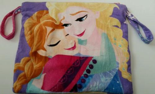new anna and elsa sister forever beach